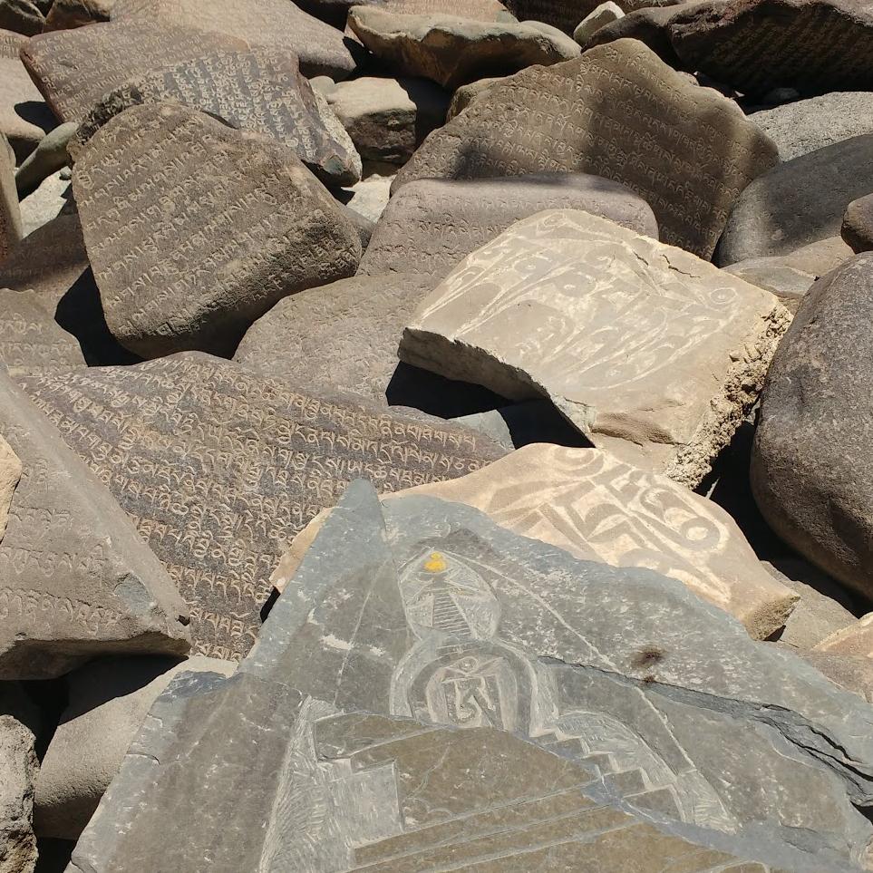 ladakh-mani-stones-2